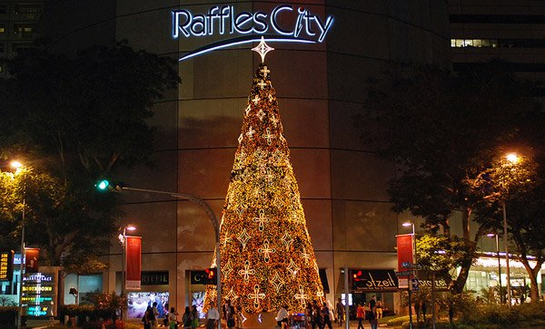 Explore 8 Heavens of Shopping in Singapore_8