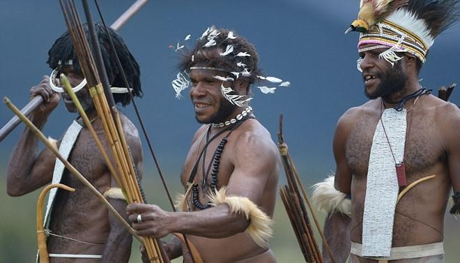 Indonesian Tribe Mummifies Their Ancestors With Smoke_3