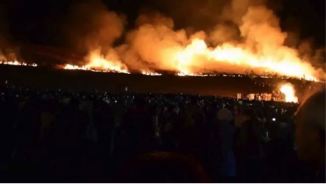 One of the most weirdest festivals in Japan - Set the whole mountain ablaze_8