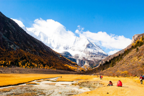 VISIT 6 ETERNAL SNOWY MOUNTAINS IN CHINA_2
