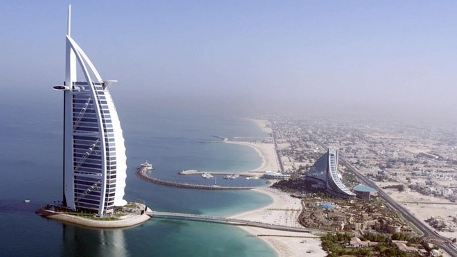 EXPLORE THE WORLD'S MOST LUXURIOUS LIFE IN DUBAI-1