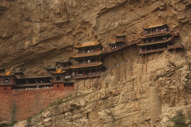 the-most-well-know-monasteries-in-the-world-1