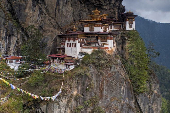 the-most-well-know-monasteries-in-the-world-2