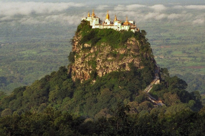 the-most-well-know-monasteries-in-the-world-3