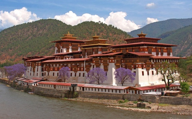 the-most-well-know-monasteries-in-the-world-4