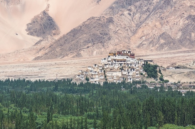 the-most-well-know-monasteries-in-the-world-5