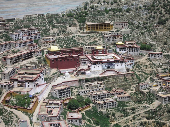 the-most-well-know-monasteries-in-the-world-7