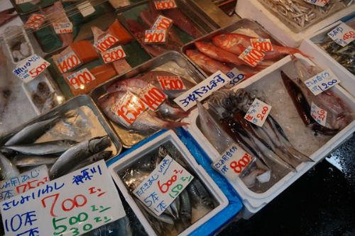 fresh-seafood-in-the-world-biggest-fish-market-2