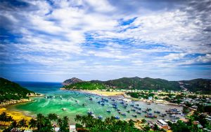 What are the most famous bays in Vietnam? - VInh Hy Bay
