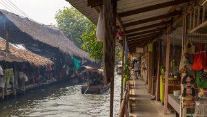 Khlong Lat Mayom Market